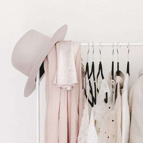 How to choose capsule wardrobe essentials that fit your style